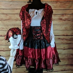 5 Piece Pirate Costume Size Large 12-14